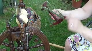 Jak pracovat s motovidlem - navíjení příze z cívky do přadena