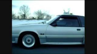 C4 Corvette vs 5.0 Mustang