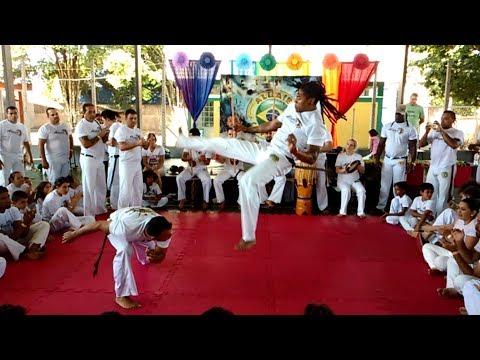 Cultural Exchange de Capoeira - Grupo Aluaie