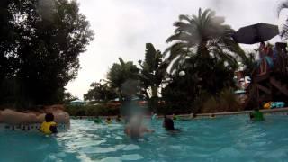 roa s rapids fast lazy river aquatica water park orlando 1080p