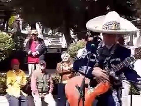 HOMENAJE AL CHARRO CANTOR JORGE NEGRETE DESDE EL PANTEON JARDIN MEXICO DF