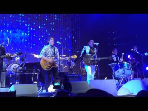 Arcade Fire - Wake Up live @ Wells Fargo Center in Philadelphia, PA 3-17-14 (Part 7)