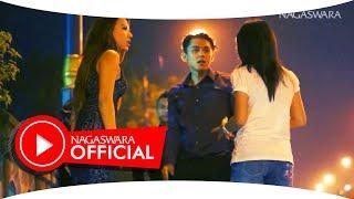 Video Jendral - Lama Lama Gila (Official Music Video NAGASWARA) #music download MP3, 3GP, MP4, WEBM, AVI, FLV Desember 2017