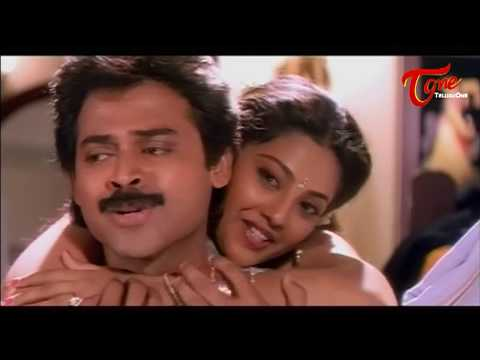 Meena Trails to Attract Venkatesh || Best Romtic Scene of Tollywood #21