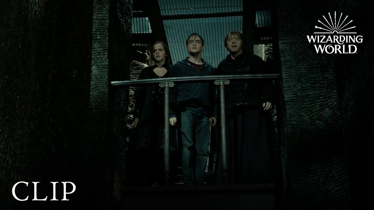 Download Escape from Gringotts   Harry Potter and the Deathly Hallows Pt. 2