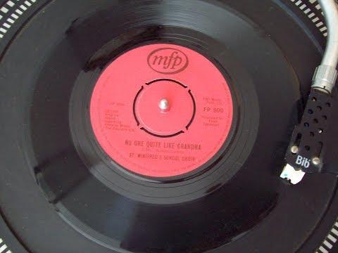 St Winifreds School Choir - There's No One Quite Like Grandma No.1  3rdwk November 1980 UK