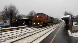 BNSF 699 leads the Empire Builder at Edgebrook Sta.