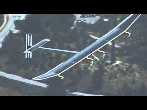 Solar powered plane flies over San Francisco