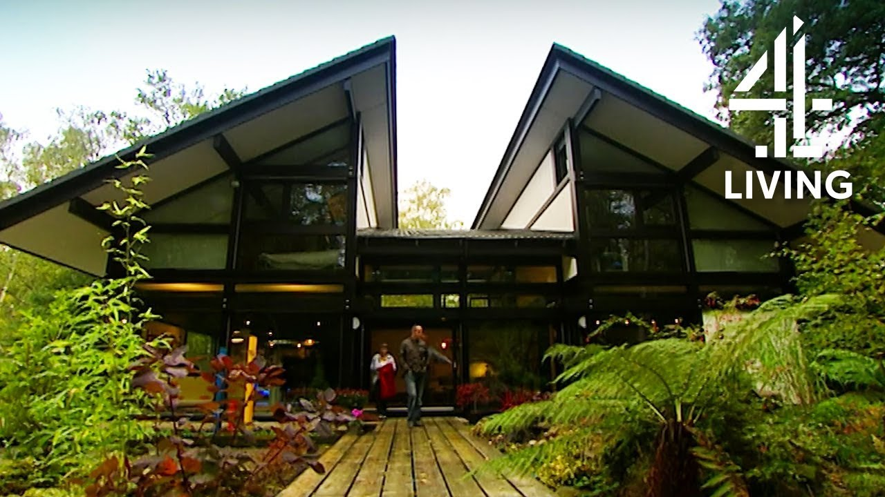"""Download Kevin McCloud Revisits the """"Perfect House"""" 4 Years Later 