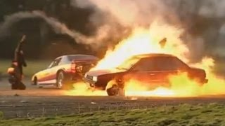 Jet Car vs Nissan Sunny | Top Gear