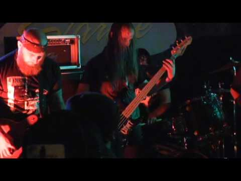 CHRCH- Starlite Lounge, Sacramento 10/18/16 Multicam DOOM Metal