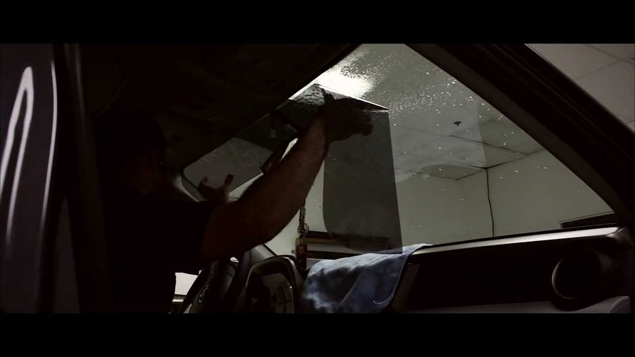 How to Window Tint ( Perfect Sun Strip) - YouTube