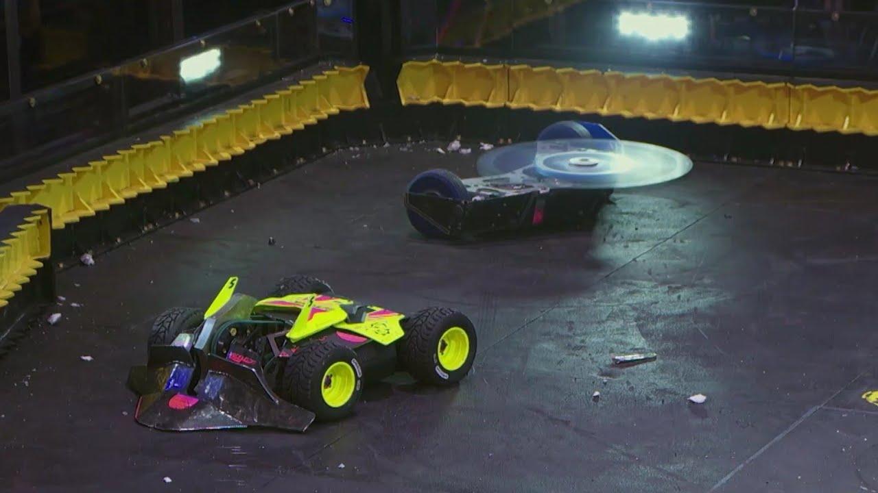 Download HyperShock vs Valkyrie - Battlebots Season 4 Episode 1 - Bots Fan