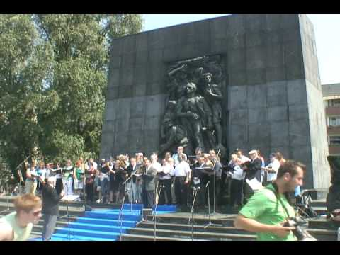 Cantors Perform at Warsaw Ghetto Uprising Memorial