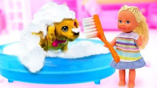 Кукла Штеффи одна дома— Хулиганим имоем собаку— Игры для девочек: Как незатопить дом?