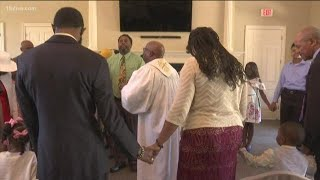 Church holds vigil for man who needs a kidney, pancreas