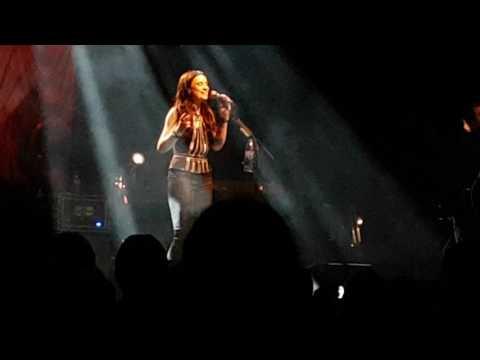 Amy MacDonald - 4th of July (Lingen 19.03.17)
