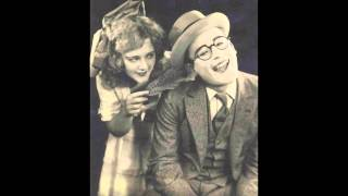 Poor Papa - The Goofus Five (California Ramblers with Adrian Rollini, Chelsea Quealey) (1926)