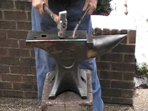 100 Lb EMERSON Traditional Anvil - YouTube