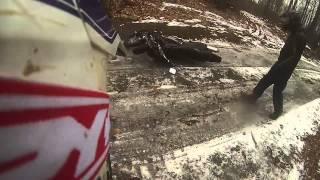 2 bikes crash on ice