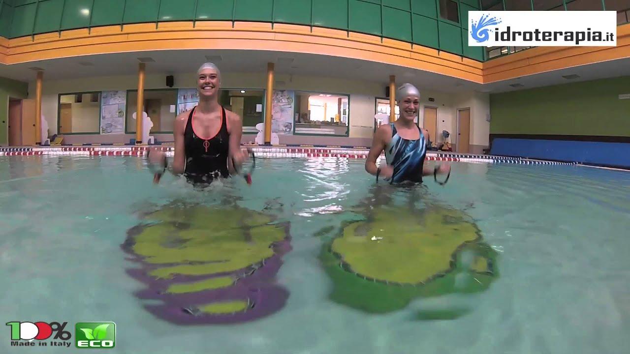 Acqua jump in polietilene per piscina youtube for Acqua per piscine