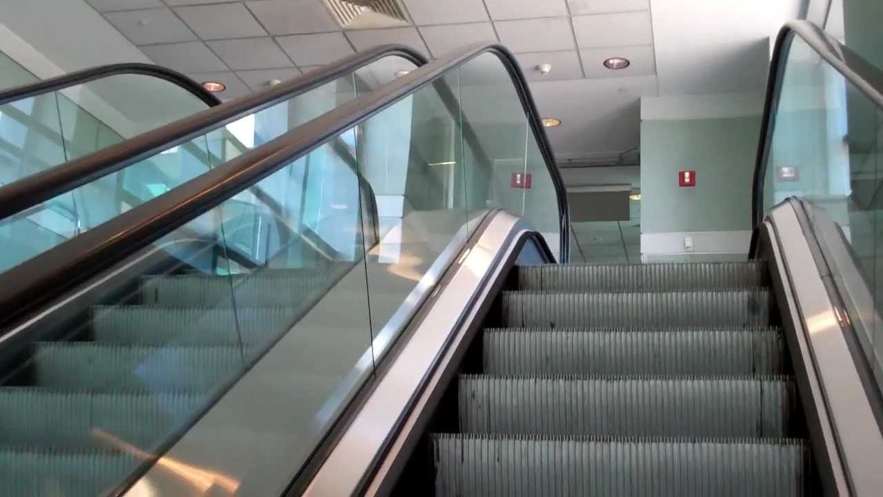 Boston Logan Airport Parking >> Manchester, NH: KONE Escalators @ MHT Airport, Parking Garage/Sky Bridge - YouTube