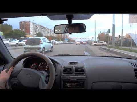 Hyundai Accent 2004 Test Drive city driving