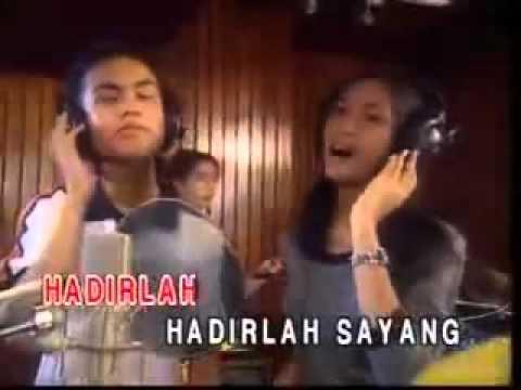 Achik Spin Nana   Gurauan Berkasih Karoeke Version 3gp