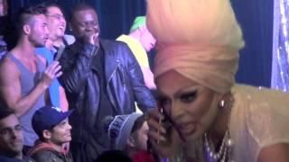 "Raven: ""Miss Honey"" @ Showgirls!"