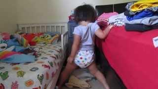 Toddler dancing to Mariah Carey