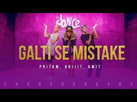Jagga Jasoos: Galti Se Mistake Video Song | Ranbir, Katrina | Pritam, Arijit, Amit | Amitabh B