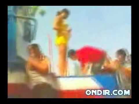 Download hot girl dancing in the beach