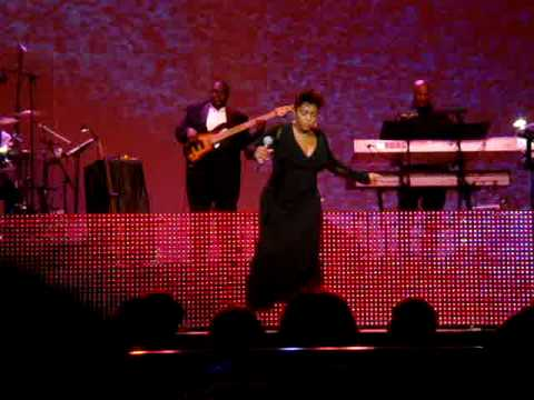 Anita Baker- Giving you the best that I've got - Radio City Music Hall 2.13.09