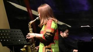 あの大ヒット曲をジャズアレンジ。sax:堤智恵子, pf:森丘裕希, b:八...
