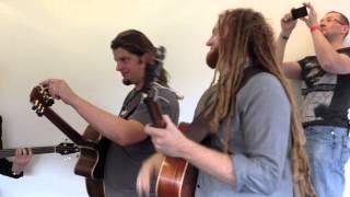 Newton Faulkner & Friends Jam at the London Acoustic Guitar Show