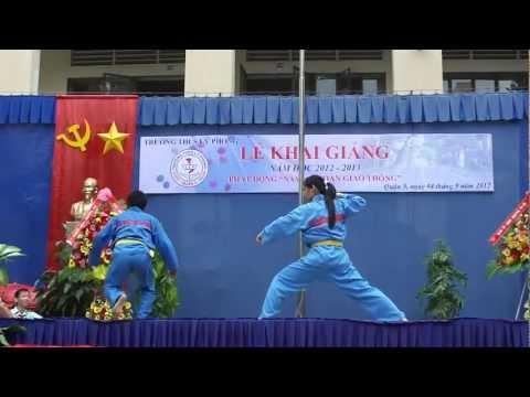 Biểu diễn võ Vovinam - Cô Cẩm Xuân giáo viên dạy Vật Lý