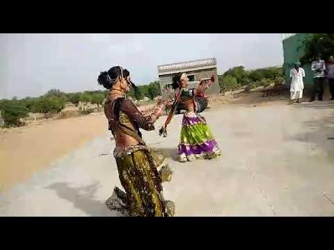 Kali kali badli sawan barse bhadwo...दोनो बहनो ने ऐसा किया डान्स की आप देखते रहे जाओगे।।।।।