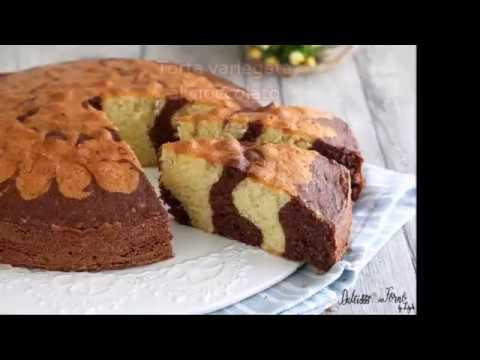 Torta variegata al cioccolato e vaniglia bicolore