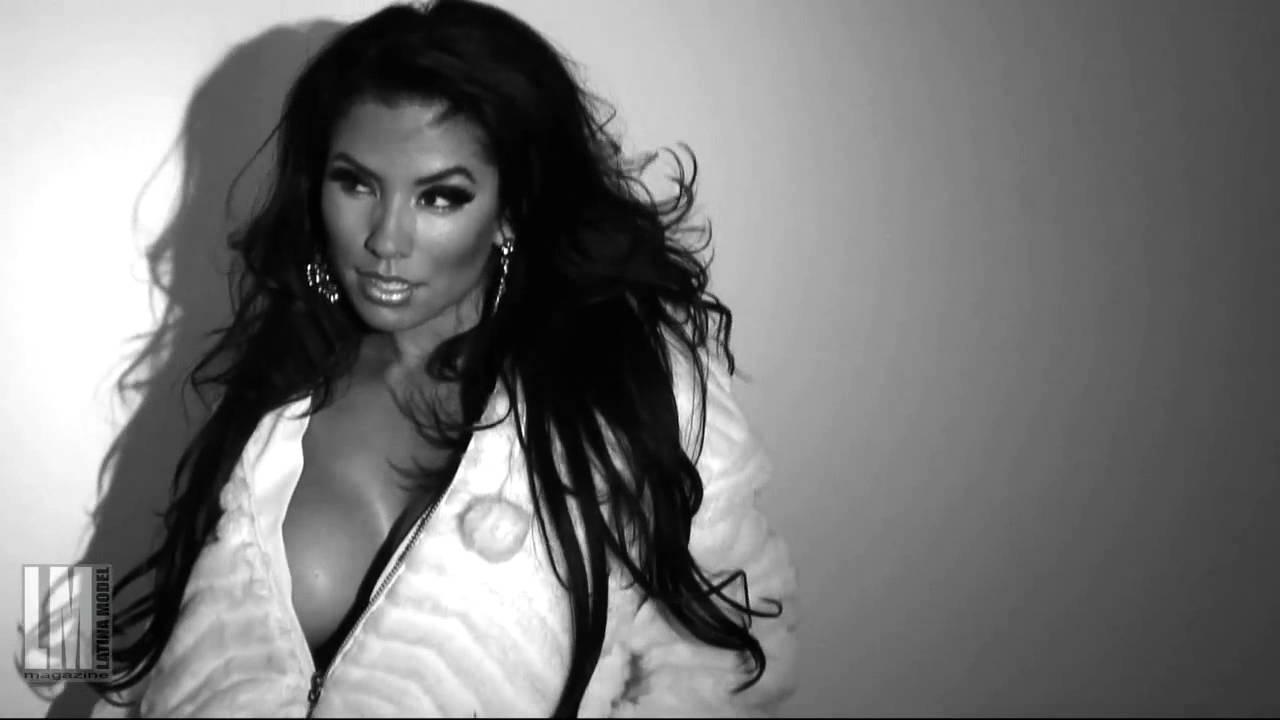 Latina models backgrounds — 1