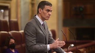 Sánchez garantiza en el Congreso que se cumplirá el calendario de vacunación