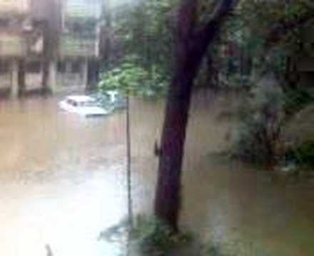 essay 26 july flood mumbai July 26, 2005: when mumbai was washed away - mumbaikars remember july 26, 2005, as a day of disaster due to the heavy rains, flooding and loss of life but for me, it.