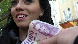 Girl Takes Money For SEX-PublicPickUps -Vicky Love