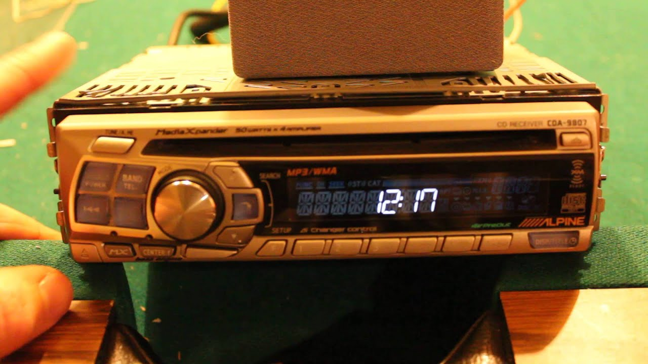 alpine cd receiver cda 9807 look over youtube rh youtube com Alpine CDA 9807 Connector Alpine CDA 9805 Manual