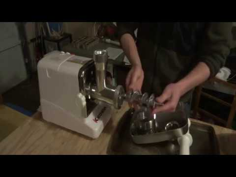grinding venison with a kitchener electric meat grinder #12 - youtube