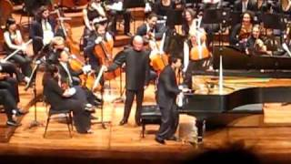 Concert Pianist Plays iPad on Stage