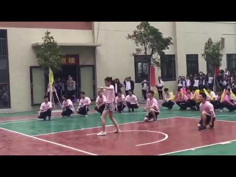 Shock!!! A school sports meeting in guangdong, the boy is really not a girl what matter