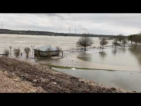 Repeat Floods @ Pickwick Dam😱☔ 🌊 by Maddie's Life - You2Repeat