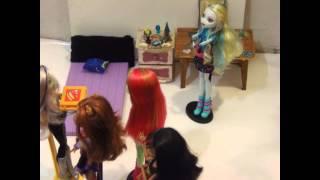 Video Monster High: Festa do Pijama de Arrepiar download MP3, 3GP, MP4, WEBM, AVI, FLV Desember 2017