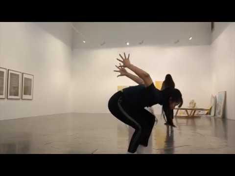 """""""BIKT """" studenter fra NDH danser i utstillingen Seeable/Sayable"""