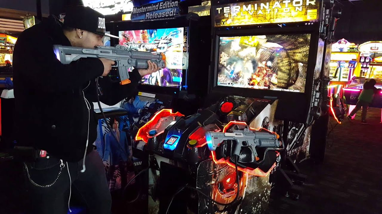 Dave Busters Playing The Terminator Shooting Game
